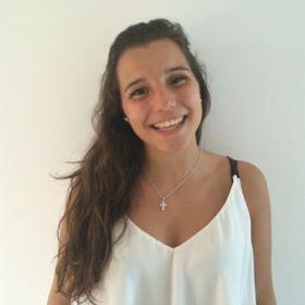 Beatriz Rodeia