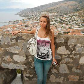 Gabriella Radics