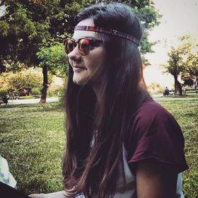 Roxi Adina