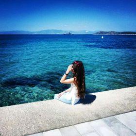 Eva Lo.💖