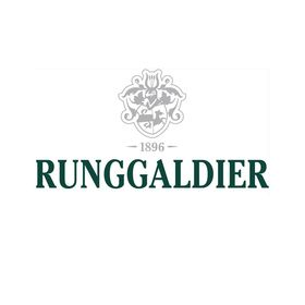 Runggaldier Tracht Tradition Style