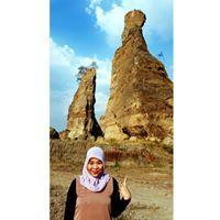 Yusnia Alfi Syahrin