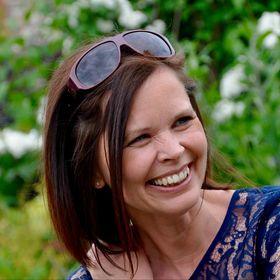 Anne-Marie Robinson