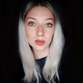 AlexandraO Hairstylist-Hairdresser