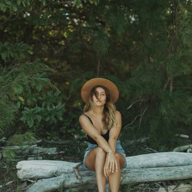 Tehani Bella | Hawaii Based Destination Wedding Photographer