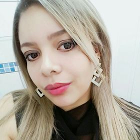 Nadia Almeida