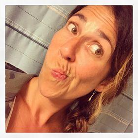 Erica Gomez (@ericablogs)