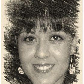 Anita Losada Uribe