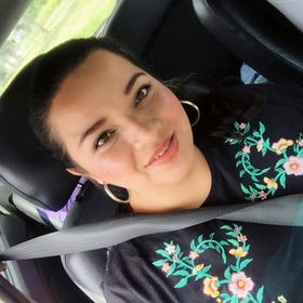 ADRIANA MARIA VELASQUEZ