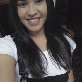 Amanda Moura de Almeida