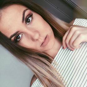 Anna Szenasi