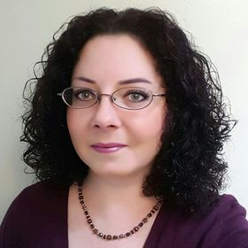 Michele Clarke - Empowering Women - Naturally Curly - Flexi Hair Stylist - Blogger