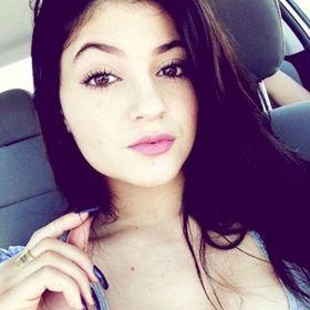 Alessia Stay