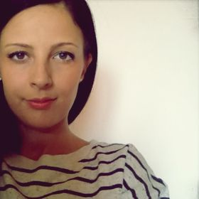 Eva Miklya