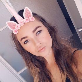 Renee August
