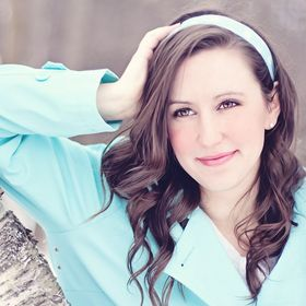 Anissa Thompson (Home Improvement Specialist)