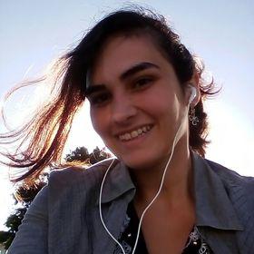 Andressa Mostardeiro