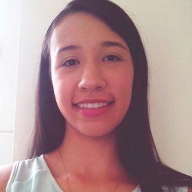 Laura V Hernandez
