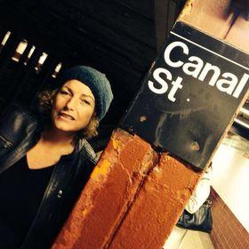 Caroline Bruyneel