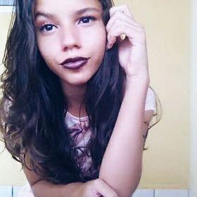 Deborah Araújo