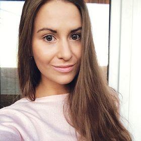 Katrin Davidova