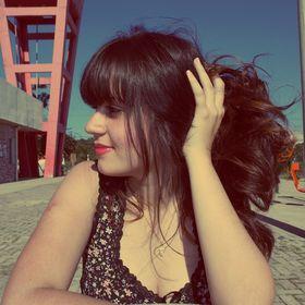 Lorena Gonçalves