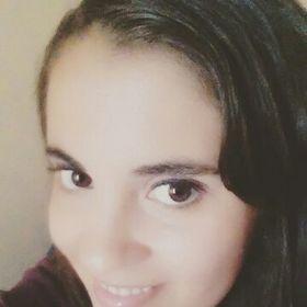 Yasna Ortiz