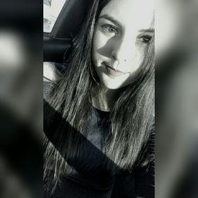 Elizabeth Leon