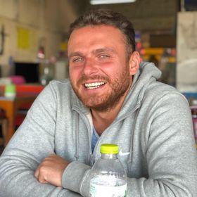 Piotr Rzeszutek
