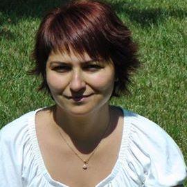 Adriana Mikola