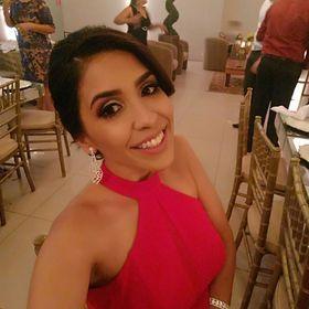 Dhéia Pacheco