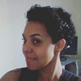 Aline Lucas