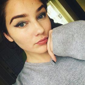 Rebeka Vizi
