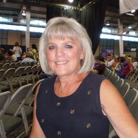 Paula Holsey
