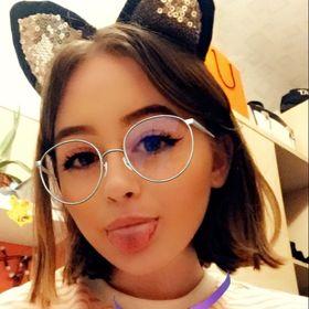 Monica Borov