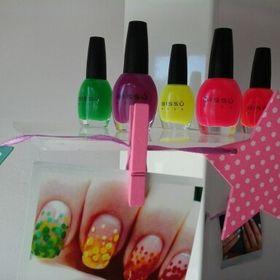 Pölka Nails