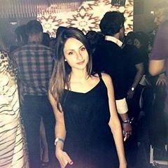 Cristina Mira