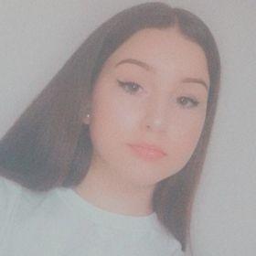 Natalia Les