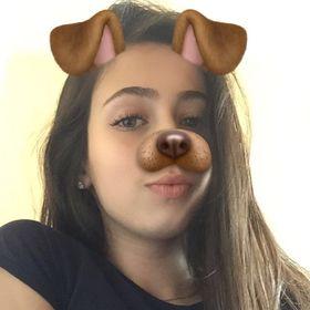 Amanda Carrilho