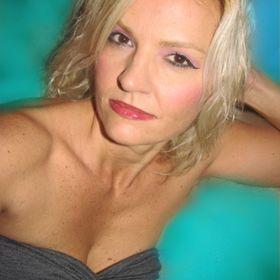 Amy Meza