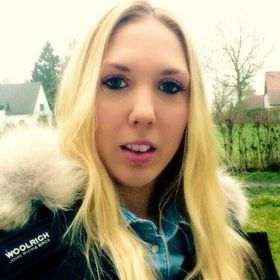 Carolin Janker
