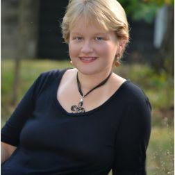 Alexa Mackintosh | Author