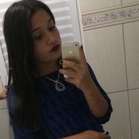 Nicoly Araujo