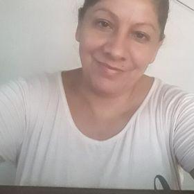 Esther Brabo