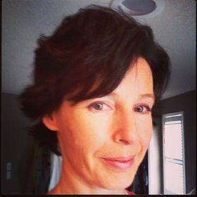 Joanne Hutchinson