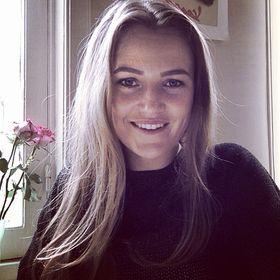 Janneke Honout