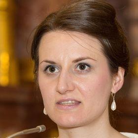 Bettina Feuchtenhofer