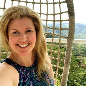 Travelgirlto- Solo Travel Blogger