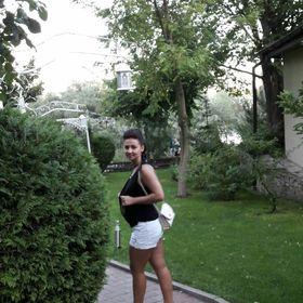 Roxana Gheonea