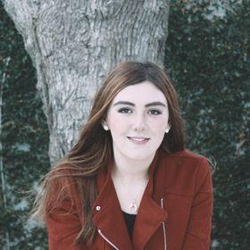 Ana Gabriela ML